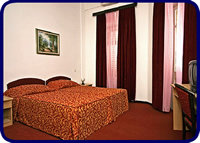 Room at Hotel Sumratin